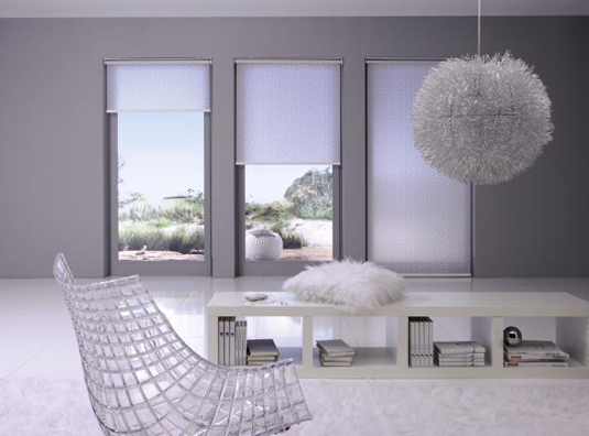rollo sonnenschutz ganz klassisch gibt s bei danker. Black Bedroom Furniture Sets. Home Design Ideas